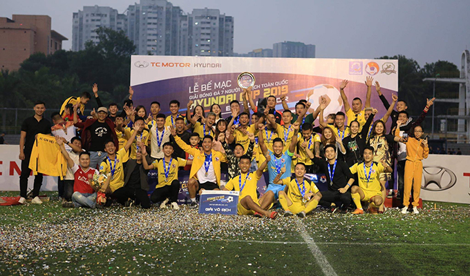 Chùm ảnh: Bế mạc giải bóng đá 7 người vô địch toàn quốc Hyundai cup 2019 by TC Motor - khu vực miền Bắc