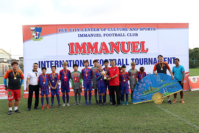 Đại diện Hàn Quốc vô địch giải cộng đồng Quốc tế đầu tiên tại Huế
