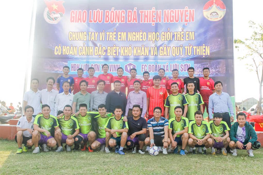 Giao hữu từ thiện: FC Lưu Sơn gây quỹ 50 triệu trao tặng học sinh nghèo vượt khó
