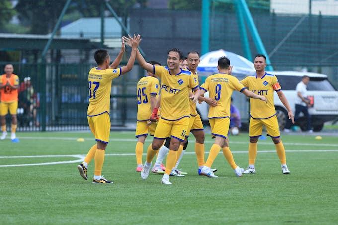 Cầu thủ xứ Thanh và dấu ấn trong màu áo HTT
