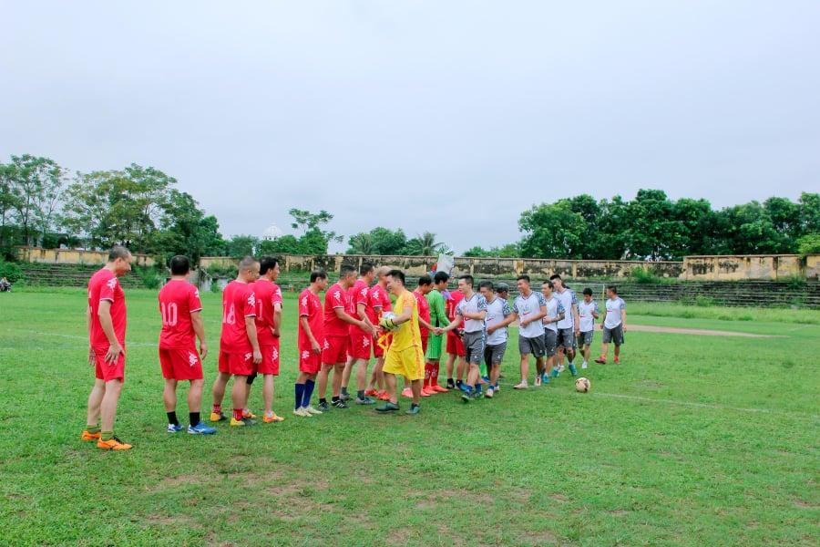 Giao hữu bóng đá: FC Âu Cơ Thị xã Phú Thọ Vs cựu cầu thủ công an Hà Nội