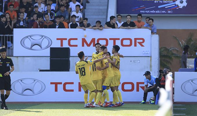 Vòng 5 HPL-S8: Gia Việt thắng trận đầu, Du Lịch gục ngã trước Hiệp Hòa