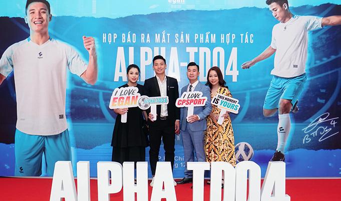 CP Sport và trung vệ đội tuyển Bùi Tiến Dũng ra mắt 'cực phẩm' áo đấu Alpha TD04