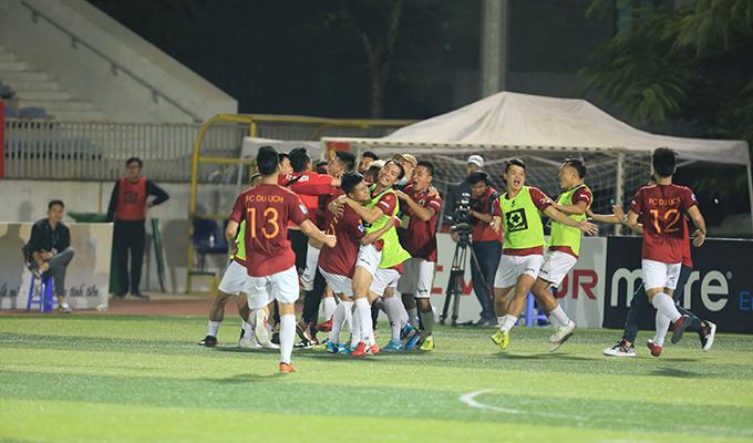 Du Lịch 4-2 Văn Minh: Cơn mưa bàn thắng trên sân Hoàng Mai