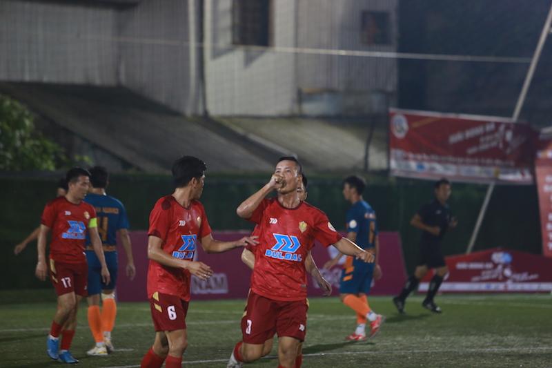 TPL-S1: Thịnh Messi, Quang Tình, Dũng phổi toả sáng, dàn sao FC Lê Nam có chiến thắng trong ngày ra quân