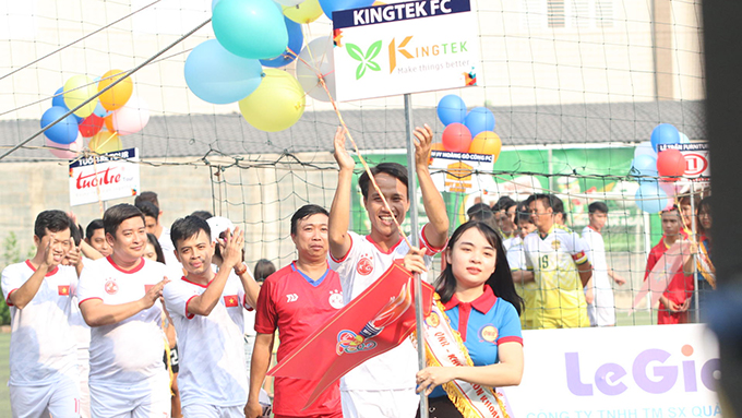 Kingtek tậu dàn dream team của phủi Sài thành... để bảo vệ 'ngai vàng'