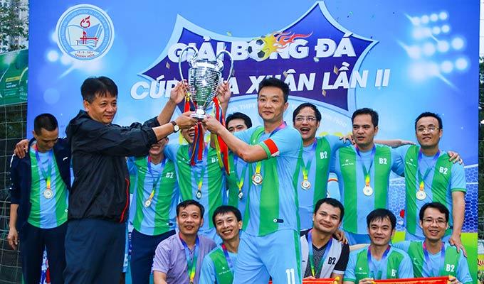 B2 bảo vệ ngôi vô địch giải bóng đá Cúp Mùa xuân