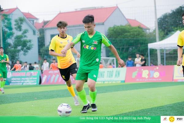 """U23 NA S2 : """"Mở bu là đá"""", cùng tận hưởng thứ bóng đá cống hiến hồn nhiên bậc nhất xứ Nghệ"""